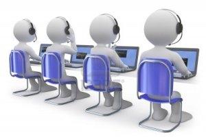 dipendenti-che-lavorano-in-un-call-center
